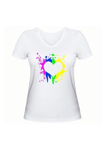 Женская футболка Цветное сердце белая