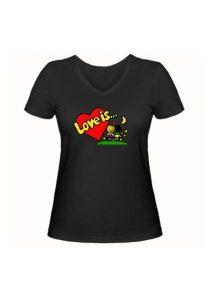 Женская футболка Love is... чёрная